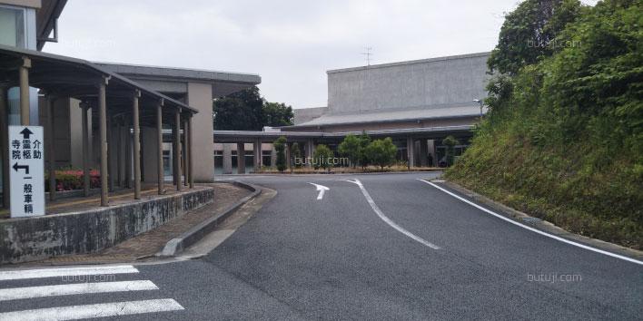 亀山市斎場1